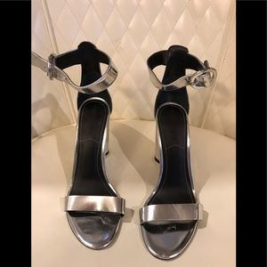Kendal & Kylie silver shoes